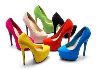 It takes one hour, six minutes and 48 seconds for our high heels to start hurting