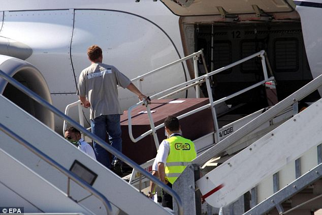 James Gandolfini's body arrived back in New Jersey on Sunday night after flying from Italy