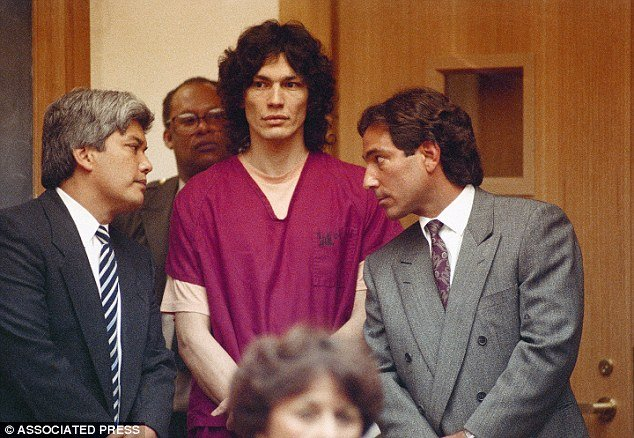 Night Stalker Richard Ramirez had shockingly green skin the day before he died photo