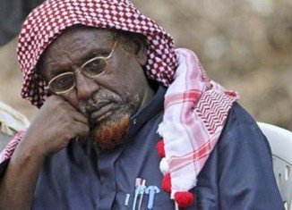 Sheikh Hassan Dahir Aweys, a top Islamist in Somalia, has arrived in the capital Mogadishu amid reports of a split in the al-Shabab group