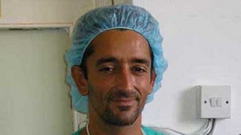 The first double-leg transplant was carried out in July 2011 by surgeon Pedro Cavadas, who also led a team that carried out the first double hand transplant in 2006