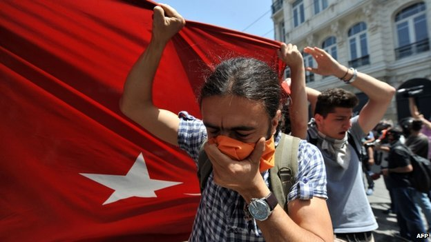 Turkish PM Recep Tayyip Erdogan has vowed to press ahead with Taksim Gezi Park redevelopment that has sparked violent clashes in central Istanbul