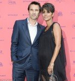 Halle Berry and Olivier Martinez tied the knot at the Chateau des Conde in Olivier's native France on Saturday