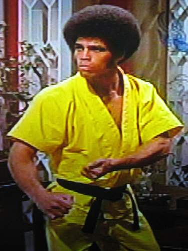 Jim Kelly who starred with Bruce Lee in Enter the Dragon has died at the age of 67 photo