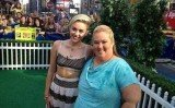 Mama June has revealed she failed to recognize Miley Cyrus when the excited singer ran up and hugged her