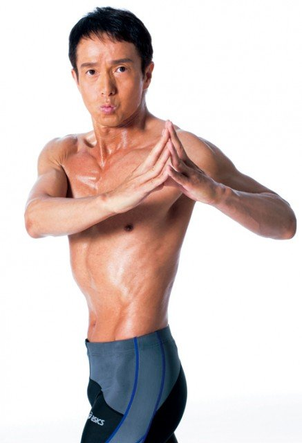 Miki Ryosuke claims to have lost 28 lbs and 5 inches from his waist in seven weeks by following his Long Breath Diet