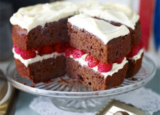 Raspberry red velvet cake