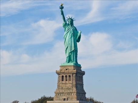 The Statue of Liberty shut last year after Superstorm Sandy has reopened to the public on Independence Day photo