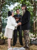 Alan Robertson made his debut on Duck Dynasty's Season 4 premiere last week