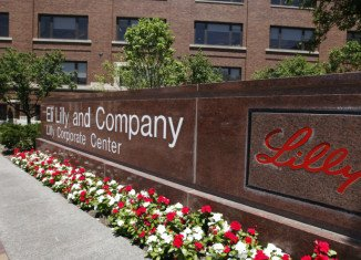 "Eli Lilly has said it is ""deeply concerned"" by claims that it bribed Chinese doctors to prescribe its drugs"