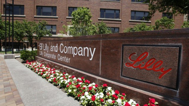 Eli Lilly has said it is deeply concerned by claims that it bribed Chinese doctors to prescribe its drugs 640x360 photo