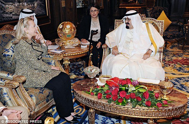 Hillary Clinton received $500,000 diamond-and-ruby-encrusted jewels from Saudi Arabia King Abdullah bin Abdul Aziz