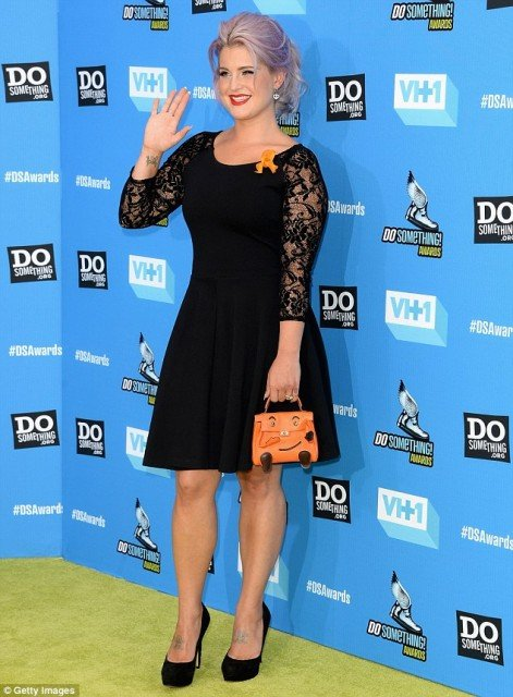 Kelly Osbourne at the VH1's Do Something Awards