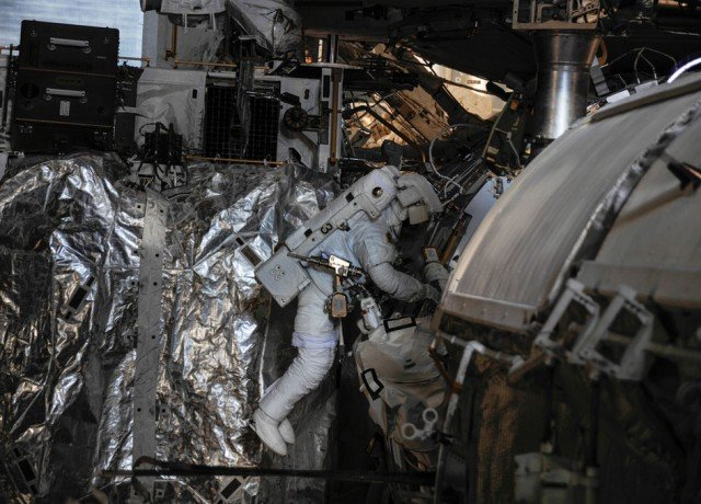 Luca Parmitano has described his fear as water began filling his helmet during a ISS spacewalk