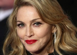 Madonna was the world's top-earning celebrity over the past year, trumping the likes of Oprah Winfrey and Steven Spielberg