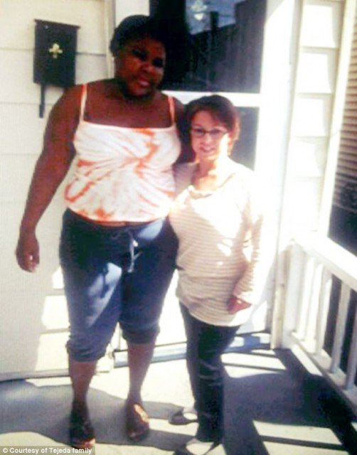 Michelle Knight has returned to Ariel Castro's home on Seymour Avenue to thank neighbors for their support 502x640 photo
