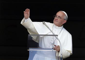 Pope Francis has urged Christians and Muslims to work together to promote mutual respect