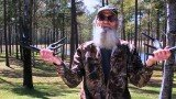 Si Robertson promotes Flextone's Black Rack, a rattling system that employs two full racks