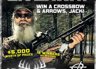 Si Robertson unveils the award winning new Barnett BCX