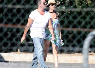 Simon Cowell and Lauren Silverman are spending a romantic few weeks together in the South of France