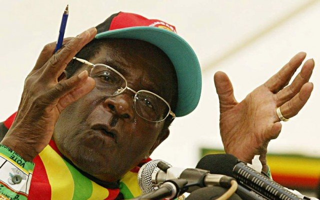 The US and UK have expressed concerns after Zimbabwe's President Robert Mugabe won a seventh term in office