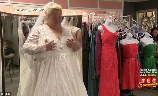 "The redneck ""replica"" of Kate Middleton's royal wedding dress didn't exactly fit as June Shannon hoped"