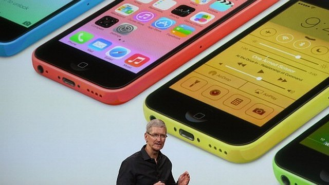 Apple has unveiled iPhone 5S and cheaper iPhone 5C at an event in California