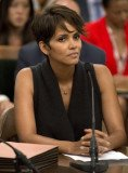 Bill 606, championed by actress Halle Berry, who testified before the state assembly, sets out to protect the children of those in the public eye