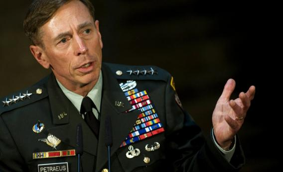 David Petraeus is urging members of Congress to support President Barack Obama's plan for military intervention in Syria