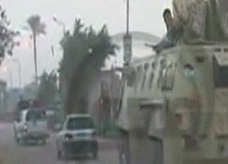 Egyptian soldiers have clashed with militants after entering Kerdasa, a town near Cairo