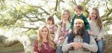 Jep Robertson has been married to Jessica since October 7th, 2001 and they have four children together