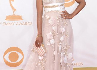 Kerry Washington sparked more rumors she is pregnant by wearing loose fitting gown at Emmys