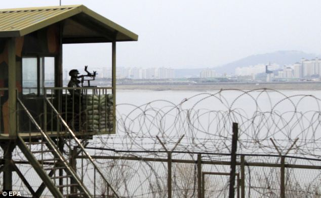 South Korean soldiers have shot dead a man trying to swim across a border river into North Korea