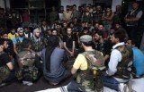 Two rival Syrian rebel groups in the northern town of Azaz have agreed a ceasefire