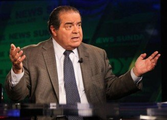 Antonin Scalia admitted to watching at least one episode of Duck Dynasty reality show