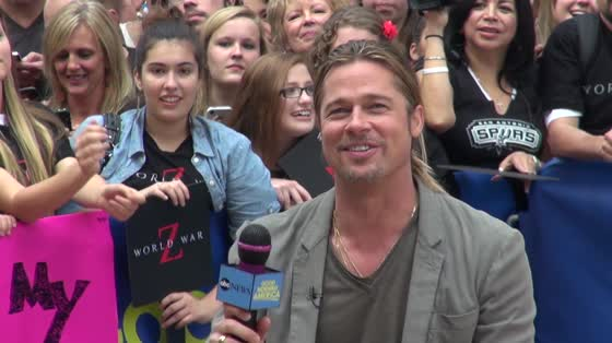 Brad Pitt is allegedly using a homemade concoction of lemons water and apple cider vinegar instead of soap photo