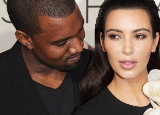 Kanye West doesn't want to marry Kim Kardashian but instead wants them to have a ''modern'' relationship