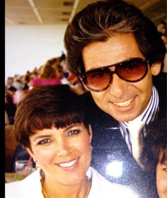 Kris Jenner revealed she regrets divorcing her first husband Robert Kardashian 538x640 photo