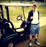 Si Robertson as a golf instructor