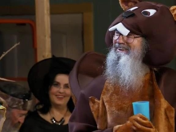 Si Robertson dressed up as a beaver for the Halloween celebration
