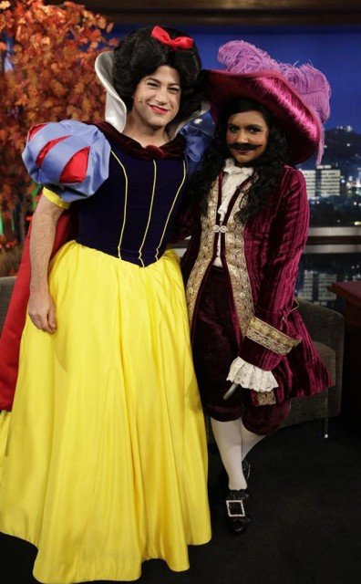 Jimmy Kimmel decided to try Snow White costume for his Halloween show