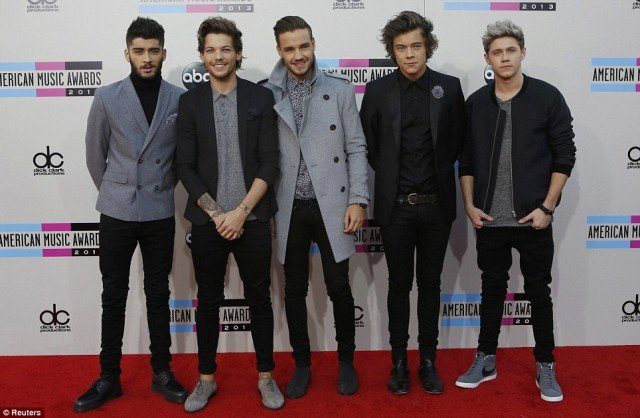 One Direction's red carpet appearance at the American Music Awards 2013 in Los Angeles