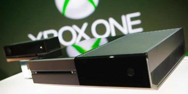 Owners of its new Xbox One console are experiencing problems with the disc drive