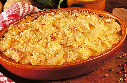 Rich and Creamy Potatoes Au Gratin