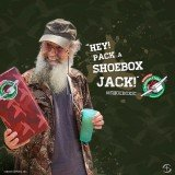 Si Robertson has teamed up with Operation Christmas Child to get the word out about sharing God's love through the joy of a shoebox gift