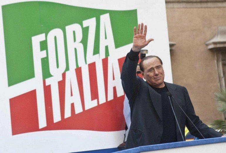 Silvio berlusconi relaunches forza italia party in rome for Deputati di forza italia