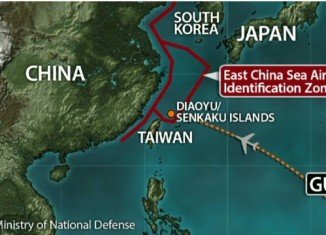 The US civilian aircrafts are expected to observe China's rules in its newly-declared air defense zone in the East China Sea