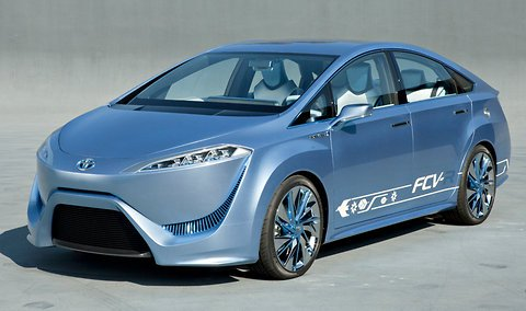 Toyota is looking to start commercial sales of fuel cell-powered cars by 2015