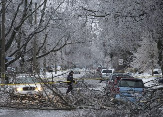 A massive ice storm has brought snow and freezing rain to Toronto, and to much of the east of Canada