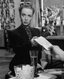 Audrey Totter became a silver screen star by playing femme fatales in 1940s film noir